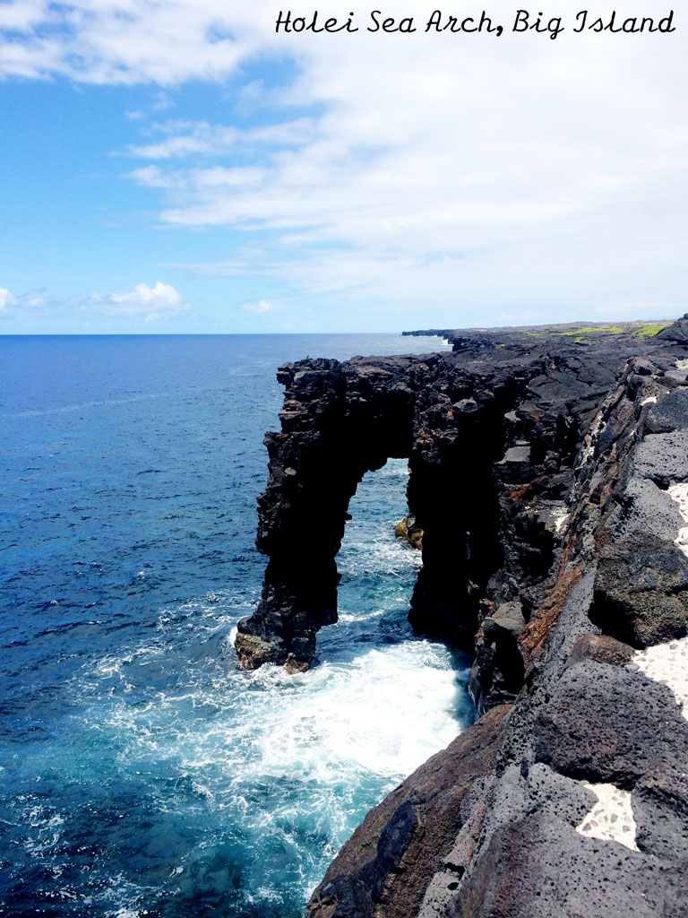Holei-Sea-Arch-Chain-of-Craters-Scenic-Drive-Big-Island-Hawaii